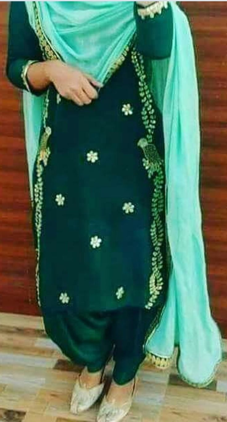 Boutique suit. Custom made available at Royal Threads Boutique. WhatsApp: +919646916105