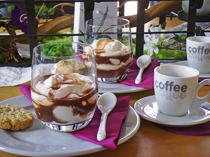 Frischkäsecreme, ein beliebtes Rezept aus der Kategorie Dessert. Bewertungen: 15. Durchschnitt: Ø 3,4.