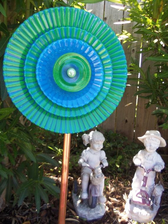Garden Decor Glass Flower Garden Plate Art. From Etsy Shop. Would Be Fun  Craft