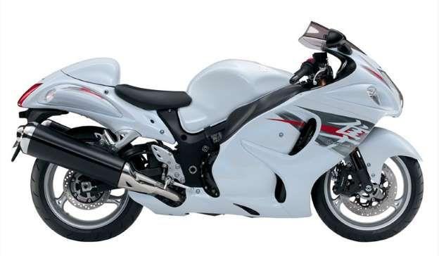 A Suzuki GSX 1300 Hayabusa chega a 320 km/h de velocidade; a moto conta com um motor de 1.340 cilind... - Foto: Reprodução