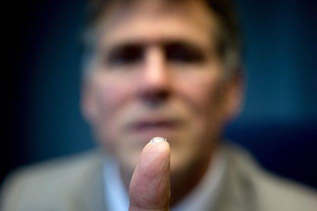 Un médecin canadiendéveloppe un «oeil bionique»
