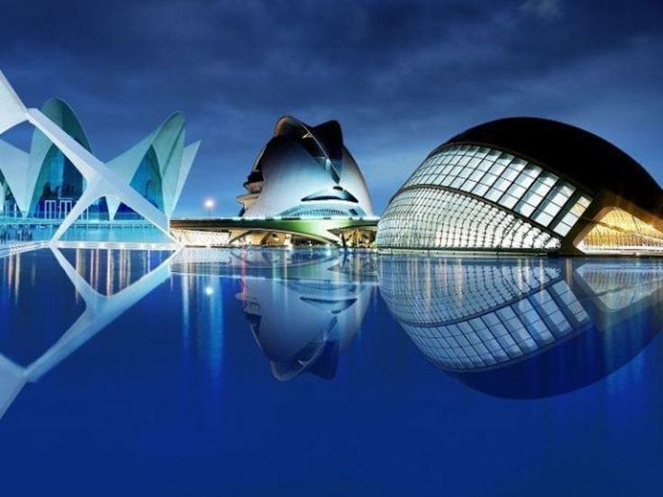 La futurista Ciudad de las Artes y las Ciencias