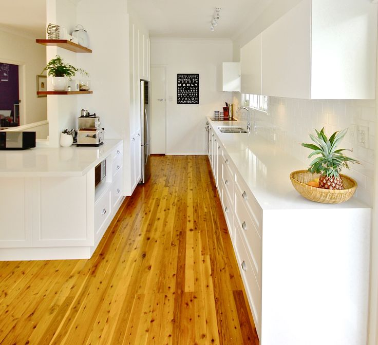 ALL WHITE KITCHEN. #caesarstone #purewhite #white #lighting #shaker #shakerprofile #polyurethanedoors #custom #kitchensbyemanuel #kbecastlhill #blumliftupdoors #castlehill #hillsdistrict #cuppullhandles