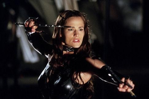 Still of Jennifer Garner in Daredevil (2003) http://www.movpins.com/dHQwMjg3OTc4/daredevil-(2003)/still-708417536