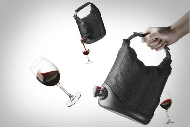 http://things.lifehacker.ru/2014/09/18/baggy-winecoat-zaxvati-vino-s-soboj/