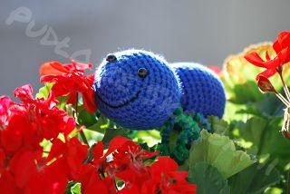 Pudło ze Skarbami - rękodzieło szydełkowe : Niebieski Pajączek