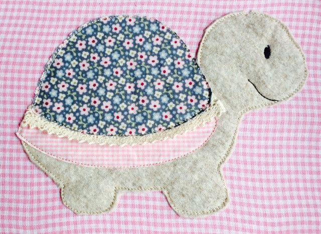 Stickmuster - Schildkröte Doodle Stickdatei - ein Designerstück von feinliebshop bei DaWanda