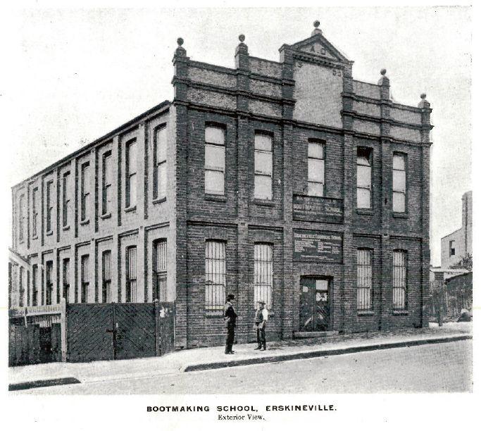 Erskineville Bootmaking School in inner Sydney in 1909.It was established by Sydney Technical College.