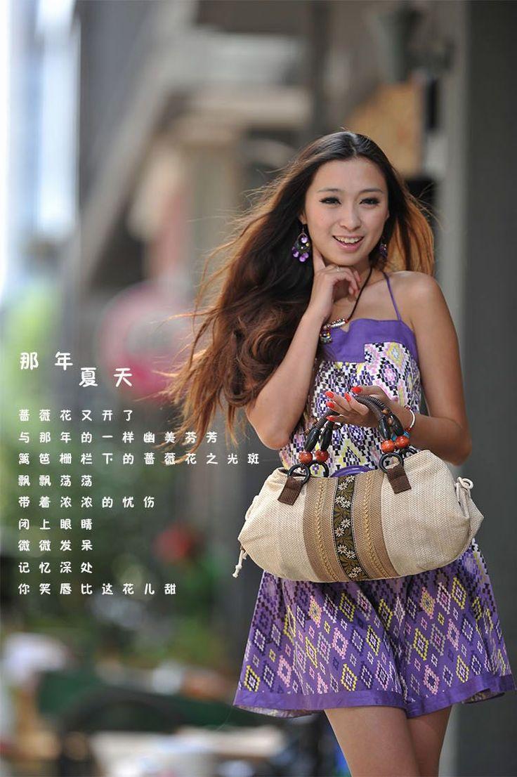 2014 nuevas mujeres del mensajero del hombro bolsos retros de la raya ocasional bolsa lienzo bordado bolso de la borla de diseño moda franja bolsa Envío libre por China Post Registered Air Mail