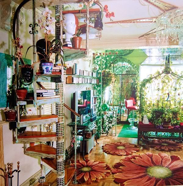 Curious Places: Lenny Weiner's Apartment (New York/ U.S.A.) I love the flower rugs and light filtered through the windows