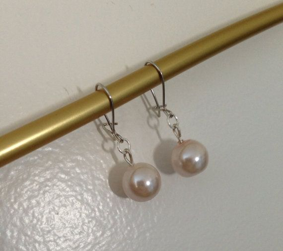 A modern take on classic pearls