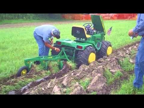 Custom John Deere Garden Tractor at Little G 2010 - YouTube