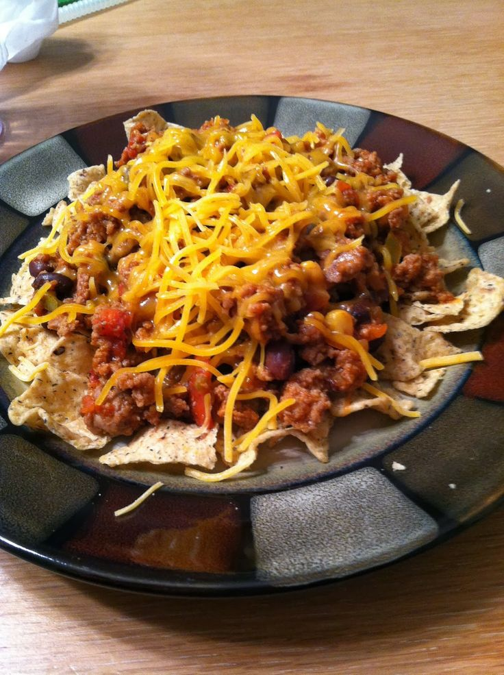 Ground Turkey Taco Skillet... SO GOOD! 15 minutes and you're done! Ground turkey, low sodium taco seasoning, low sodium salsa, black beans, and cheese if you want. Guilt free and AdvoCare friendly! :)