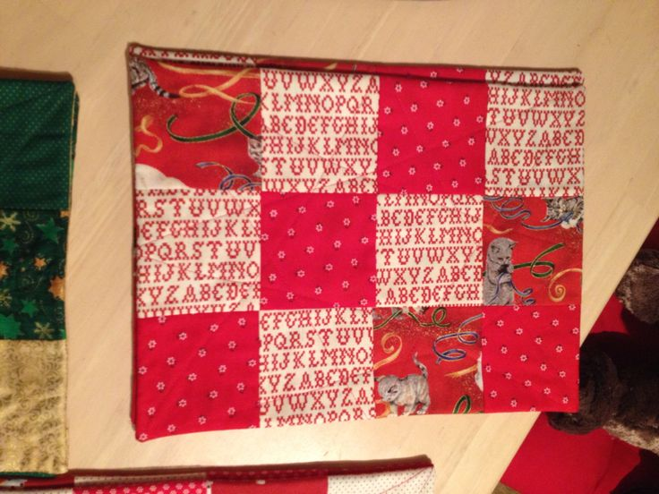 My first designs! Placemats for xmas, fast and easy - last minute presents. Contact me via FB for design.