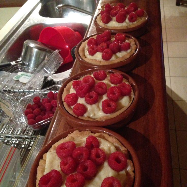 French raspberry tarts