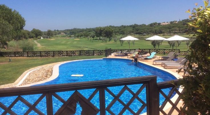 Quinta Formosa - Villas Almancil Offering an outdoor pool and views of the sea, Quinta Formosa - Villas is located in Almancil. Church of São Lourenço is 5 km away.  All units feature a flat-screen TV. Some units have a dining area and/or balcony.