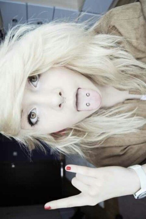 Is it awful that I really want my tongue pierced just like this now?