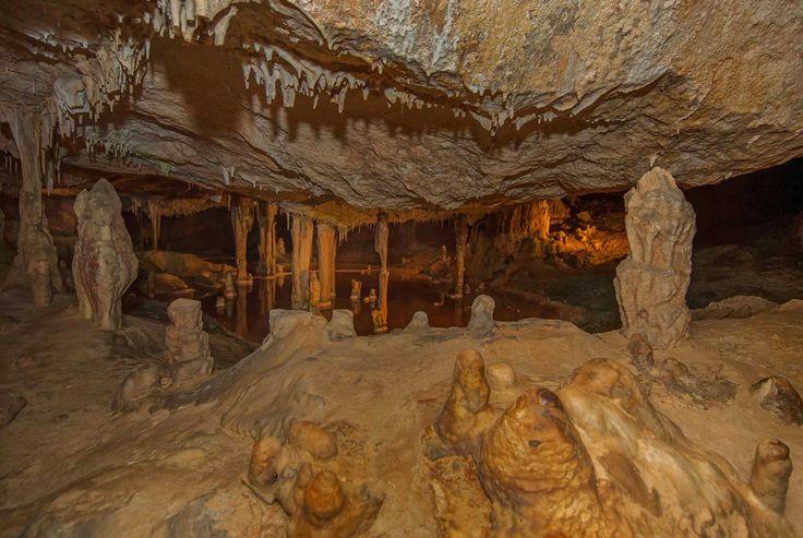 Iberia sumergida: las cuevas más espectaculares de España - Cueva de Can Marça, en Ibiza   Galería de fotos 11 de 11   Traveler