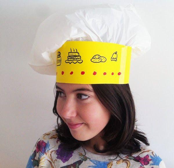 Gorro de cocinero de papel. Chef paper hat http://manualidades.euroresidentes.com/2014/01/como-hacer-un-gorro-de-cocinero-de-papel.html
