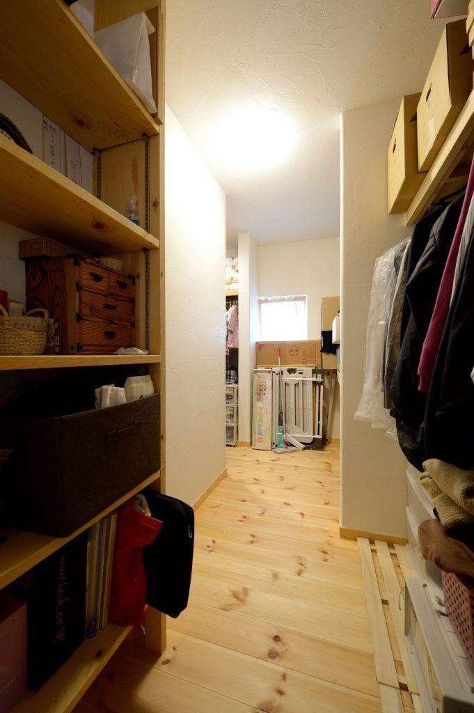【アイジースタイルハウス】収納。3区画に分けた大容量L字型クローゼット。回遊性があり家事ラク。