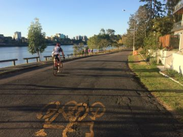 Cycle lovers, put your foot to the pedal, we've put together a list of some of our favourite bike paths around Brisbane. Happy pedalling!
