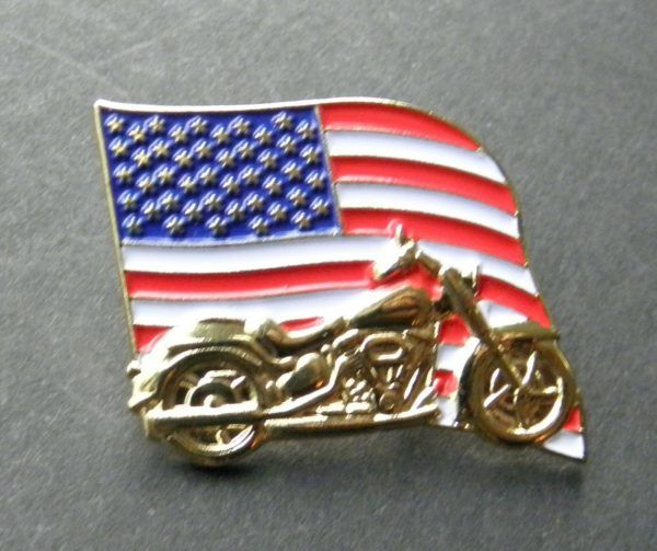 USA Eagle Flag Wreath Lapel Pin 1.1 inches