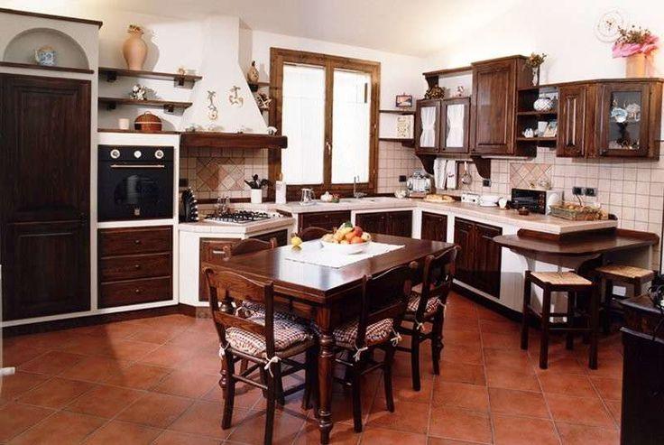 Cucine in muratura - Legno scuro per la cucina in muratura