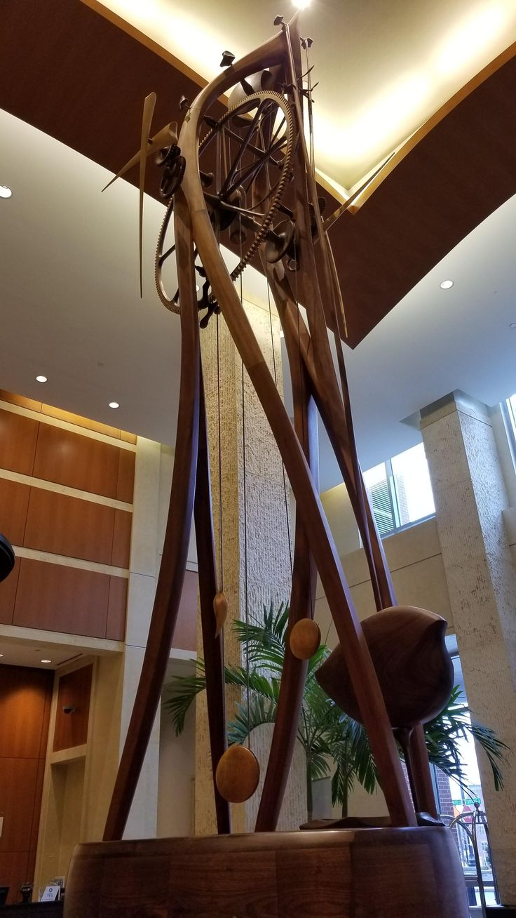 Nearly all-wood clock in entrance of the WESTIN Hotel in Alexandria VA http://ift.tt/2Fw9b5F