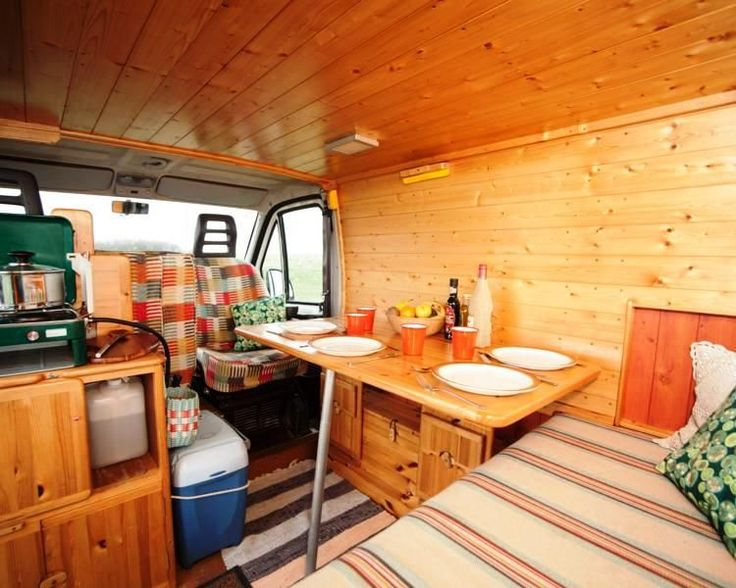 Quirky Campers ethical campervan hire :: Thelma
