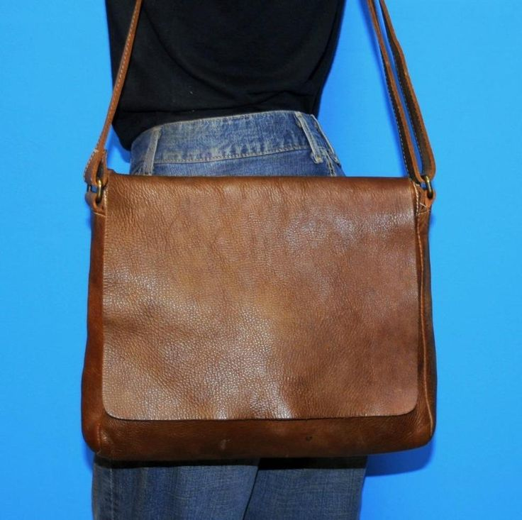ROOTS Brown JR RAIDERS TRIBE Leather Crossbody Satchel Tote Bag $206 CANADA #ROOTS #MessengerCrossBody