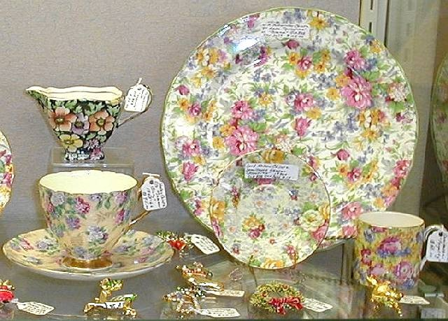 Image detail for -Chintz China and Dinnerware & 16 best chintz images on Pinterest | Dish sets Dinnerware and Fine ...