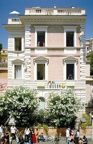 Dilit: language school in Italy  Idag er vi skrevet inn på skolen!