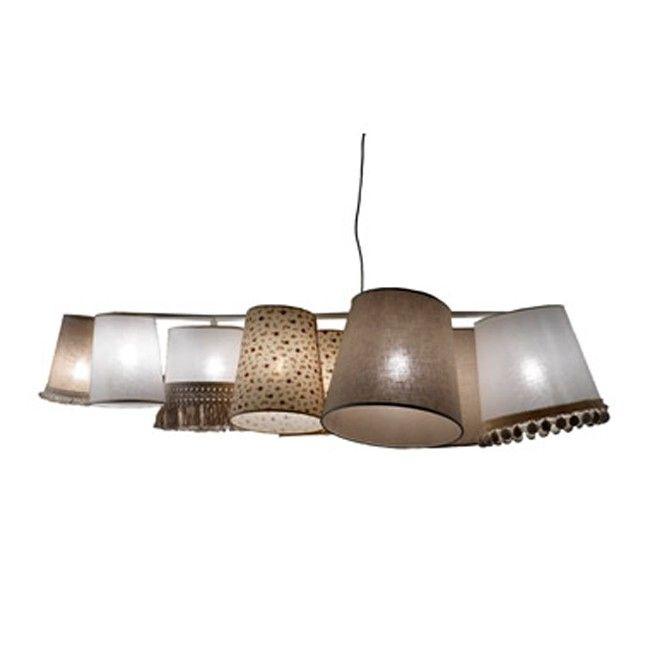 Lámpara de suspensión con estructura en metal lacado blanco, pantalla en diferentes medidas.