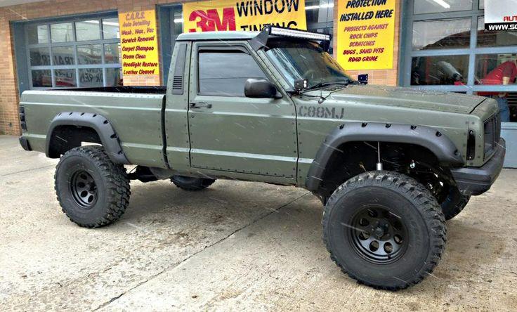 Sweet MJ Jeep Comanche