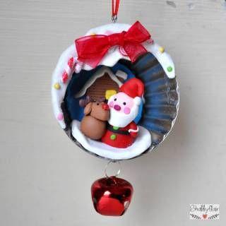 Weihnachtsmann im Backförmchen - netter Weihnachtsanhänger mit Knetfiguren