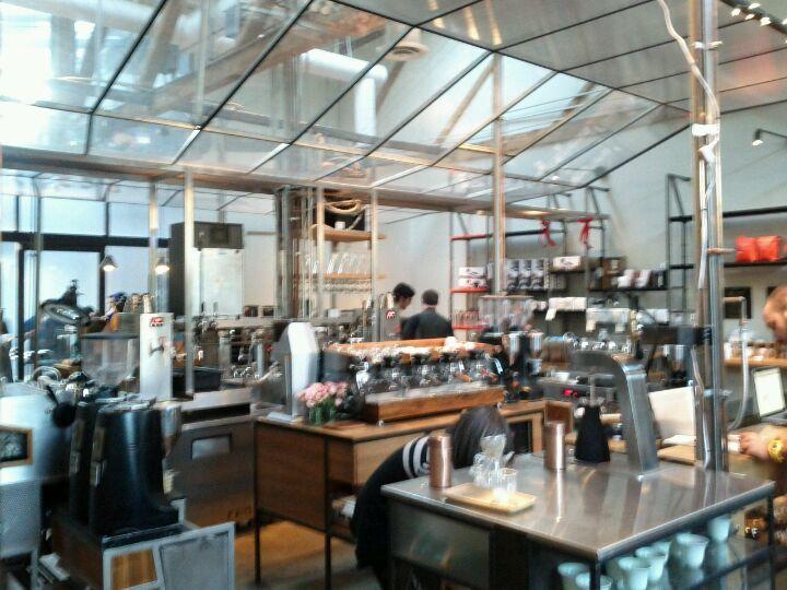 Intelligentsia Coffee & Tea • 1331 Abbot Kinney Blvd, Venice, CA 90291