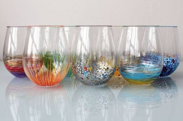 this can be done with nail polish poured in a tub of water, swiirl it with another colour then dip glass and let dry on wax paper15 Simple and Affordable DIY Projects 15 Simple and Affordable DIY Projects