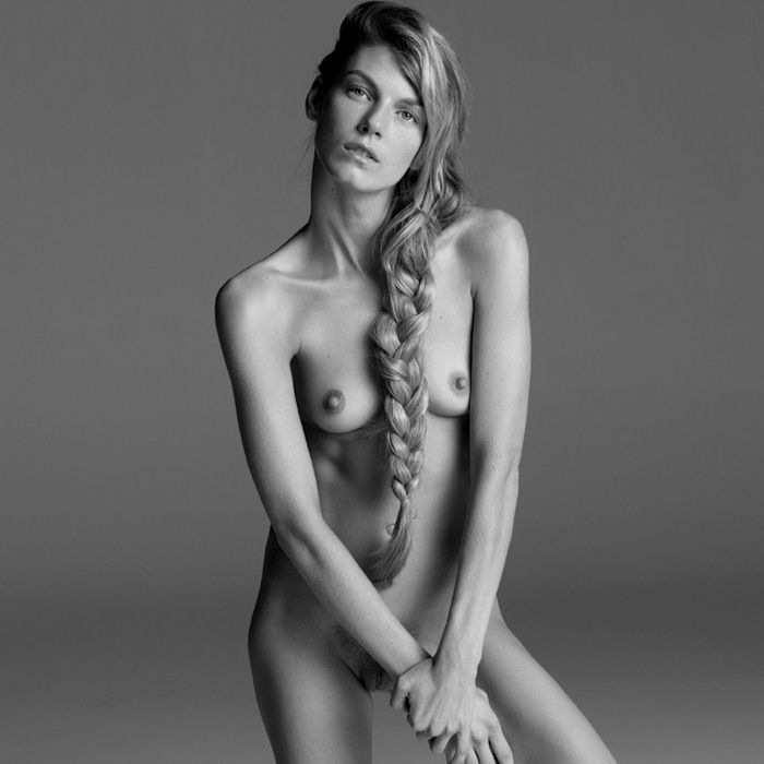 Angela lindvall nude