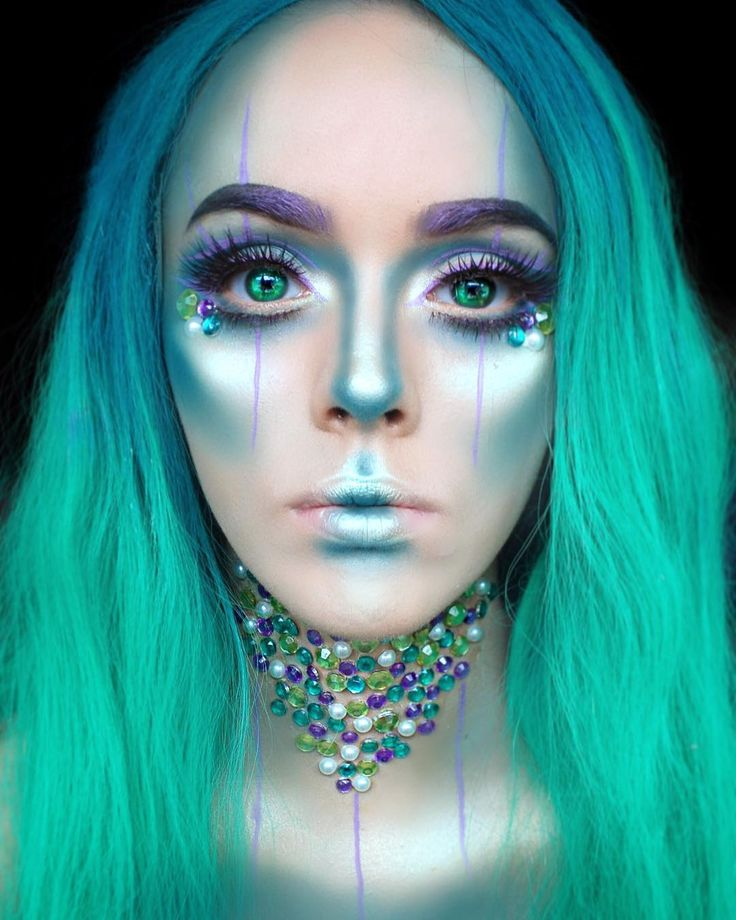 """123 Likes, 6 Comments - Keziah Saunders (@artbeautychaos) on Instagram: """"Mermaid vibes ✨ (why is there not a mermaid emoji?) Probably not my favourite look I've done but…"""""""