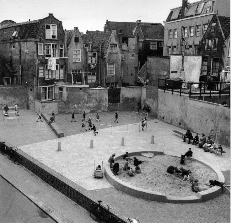 Playground by Aldo van Eyck, 1955 / Amsterdam