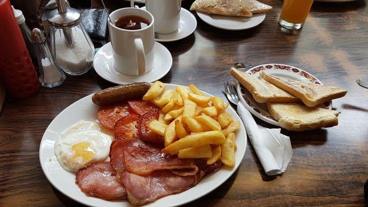 Sorrento Cafe, cheap breakfasts near UCL!  London