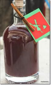 weihnachtslikör, winterlikör, rotweinlikör, likör selber machen, schneller likör als geschenk, geschenk aus der küche