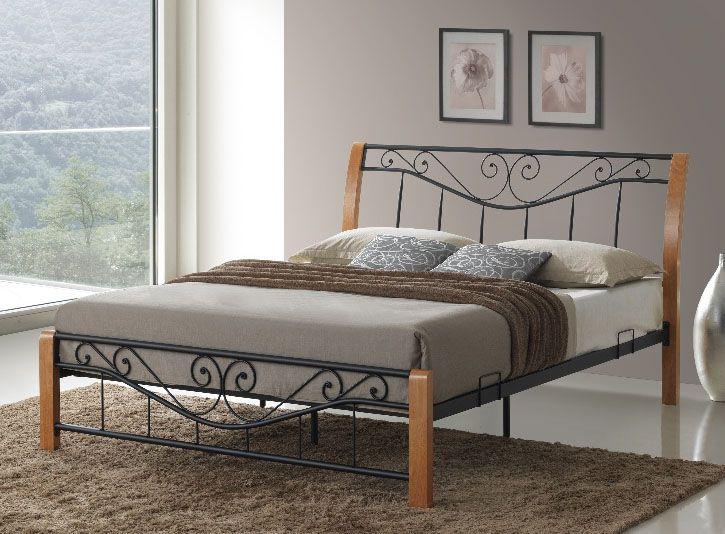 Łóżko sypialniane Parma 160x200 posiadające klasyczny design to ciekawe połączenie drewna w kolorze dębu i metalu w kolorze czarnym. Łóżko Parma cechuje perfekcyjne wykończenie z dbałością o najmniejszy szczegół. Łóżko sprzedawane przez sklep Meblowy Guru z dostawą na terenie całego kraju.