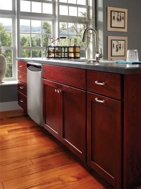medallion bathroom cabinets 37 best images about medallion kitchen and bath cabinetry 13611