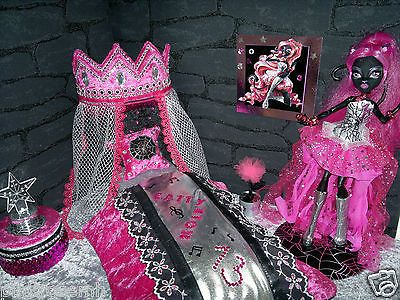 details about monster high citty noir barbie moebel bett. Black Bedroom Furniture Sets. Home Design Ideas
