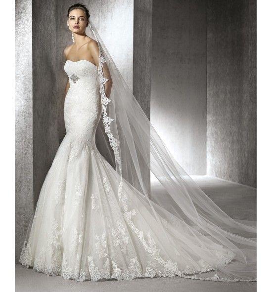 Zaide, vestido de novia de encaje y corte sirena San Patrick