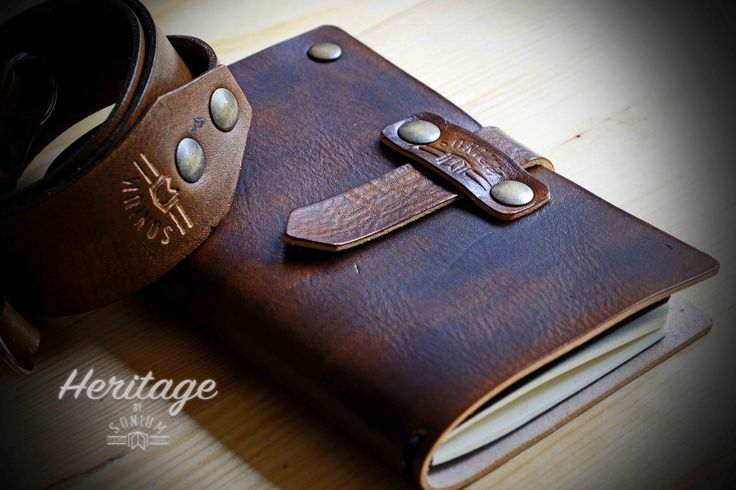 """SONIUM LEATHER"" Notebook Cover and Camera Strap with vintage style. Perfect partner for Photographers and Travelers"