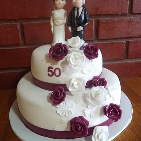 #Marriage_Vow_Renewal #fondant #cake by Volován Productos  #instacake #Chile #puq #VolovanProductos #Cakes #Cakestagram