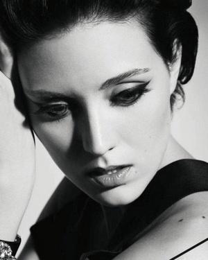 279 best images about Evelyne Brochu on Pinterest