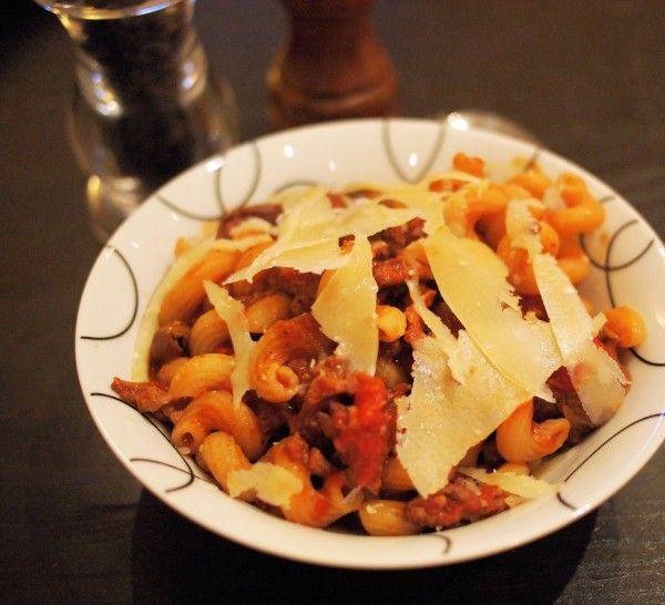 Easy Family Recipe: Italian Sausage Pasta Bowl with Grana Padano Cheese (5:2 Diet)